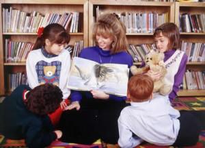 teacher-reading-story